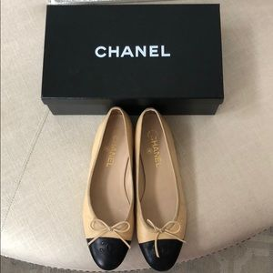 Chanel Ballerina Flats-tan/black-sz 9 (39)